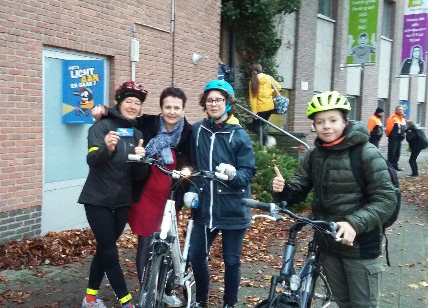 Actie zichtbaarheid van fietsende leerlingen IMI-Roosdaal - Persinfo.org