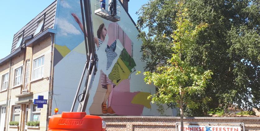 Muurschildering lokt bezoekers voor dekenijtuin persinfo